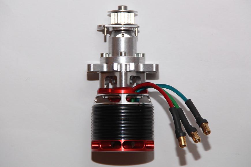 Henseleit TDF - Ritzelwelleneinheit und Motor: Ritzelwelleneinheit mit montiertem Pyro 650-65 von Kontronik