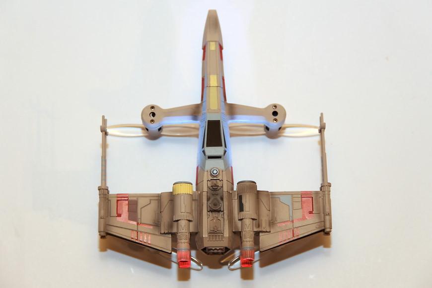 Propel Star Wars T-65 X-Wing Battle Drone / Quadrocopter: Ansicht von oben