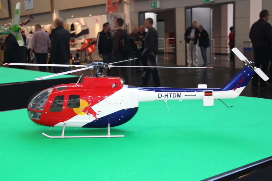 24-Scale-Helikopter-Red-Bull.jpg