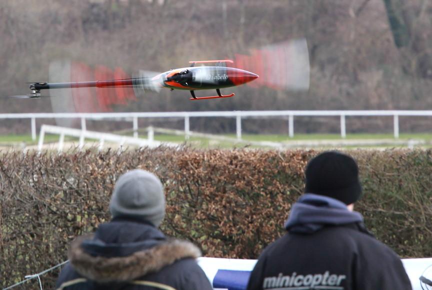 Rotor live 2016: minicopter Diabolo 700 Black Edition