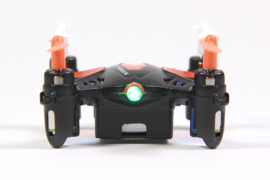 03-Air-Ace-ACME-Zoopa-Q55-Zepto-Quadrocopter-Frontansicht.jpg