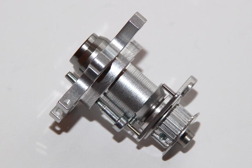 Henseleit TDF - Ritzelwelleneinheit und Motor: Die Ritzelwelleneinheit wird bereits montiert geliefert
